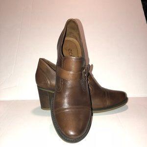 Ecco block heels shoes